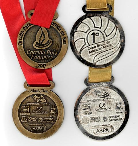 Medalhas de prata nos 1500m e na Corrida da Fogueira (5Km) e tb participação nesta