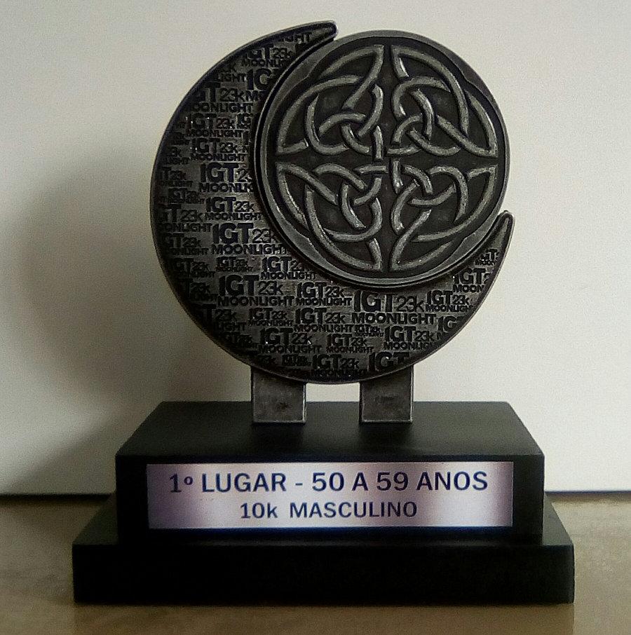 Frente do troféu de 1° na faixa etária M5059